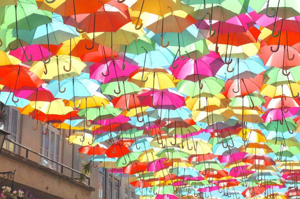 アゲダ Umbrella Sky Project