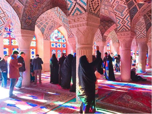 イラン ピンクモスク  金曜日