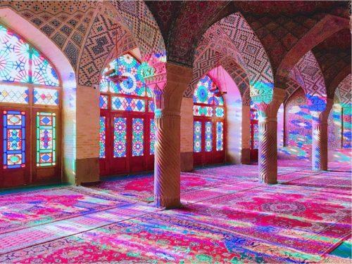 イラン ピンクモスク 曇りの日