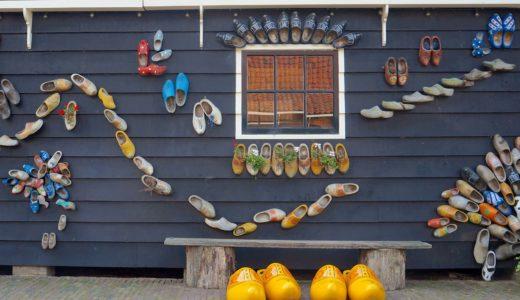 木靴アートの壁 / ザーンセスカンス / オランダの写真素材