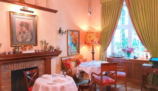 エレガントなレストラン / ワルシャワ / ポーランドの写真素材