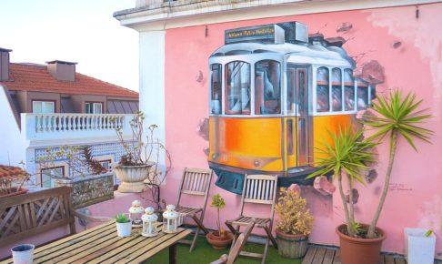 ポルトガル リスボン トラムのウォールアート