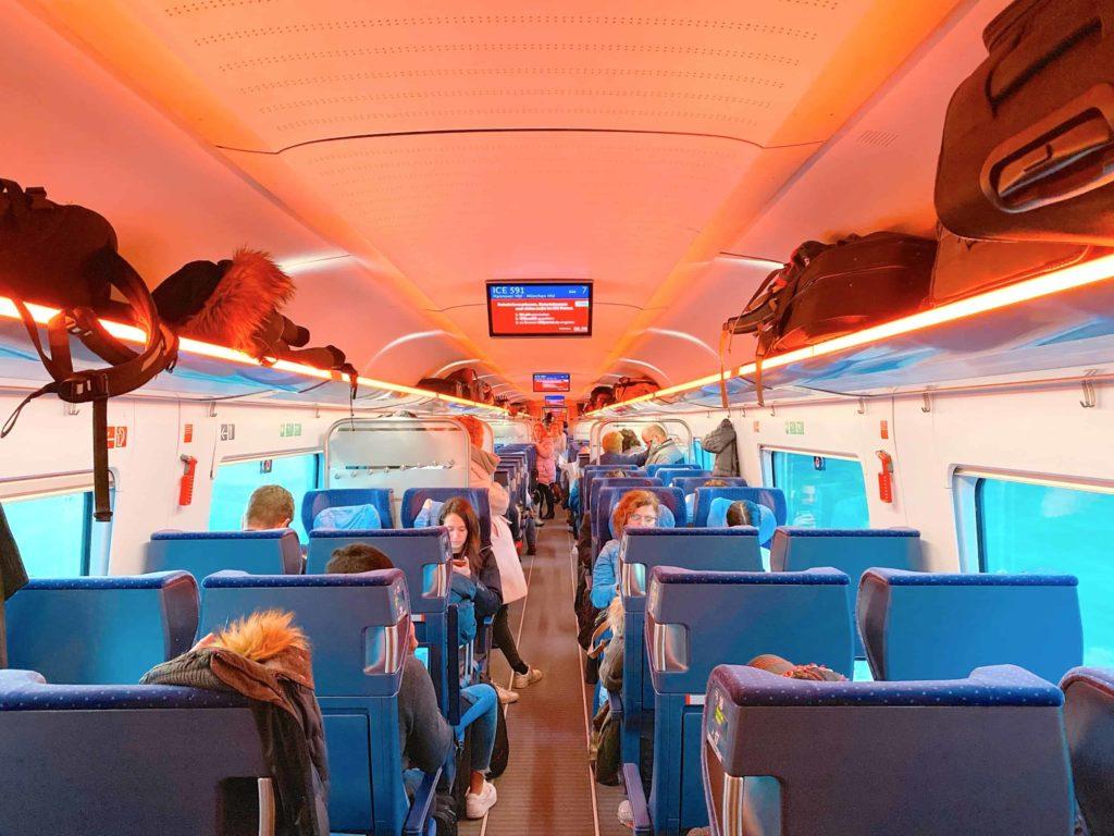 ヨーロッパ鉄道 2等座席